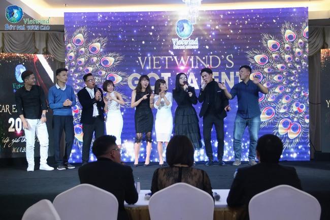 vietwind-tiec-cuoi-nam-201728