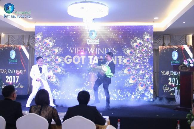 vietwind-tiec-cuoi-nam-201730